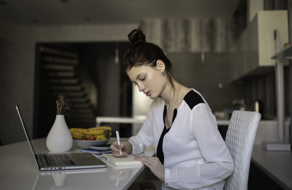 8 Ways to Move More If You Work from Home