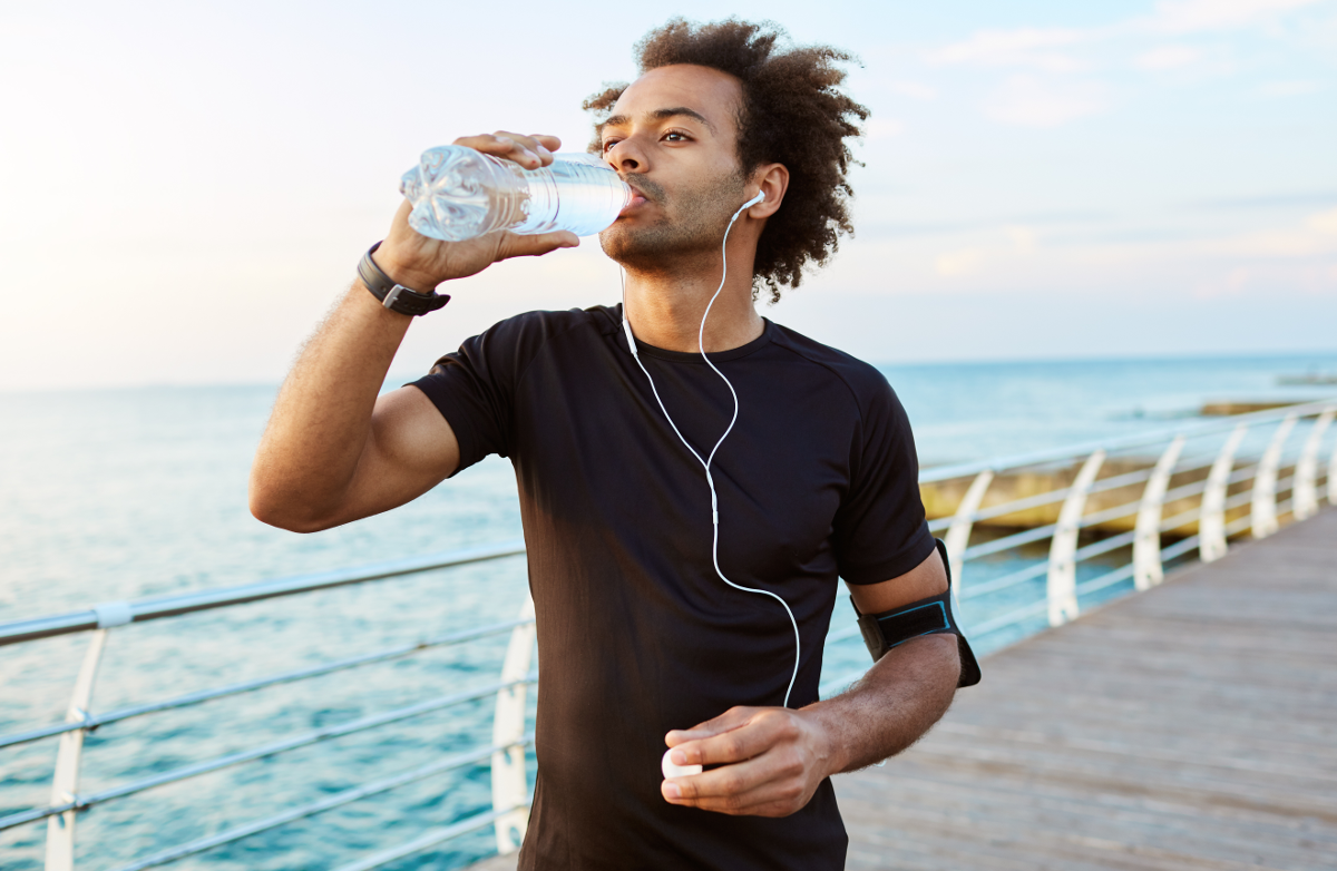 8 Ways Your Body Tells You When It Needs Water