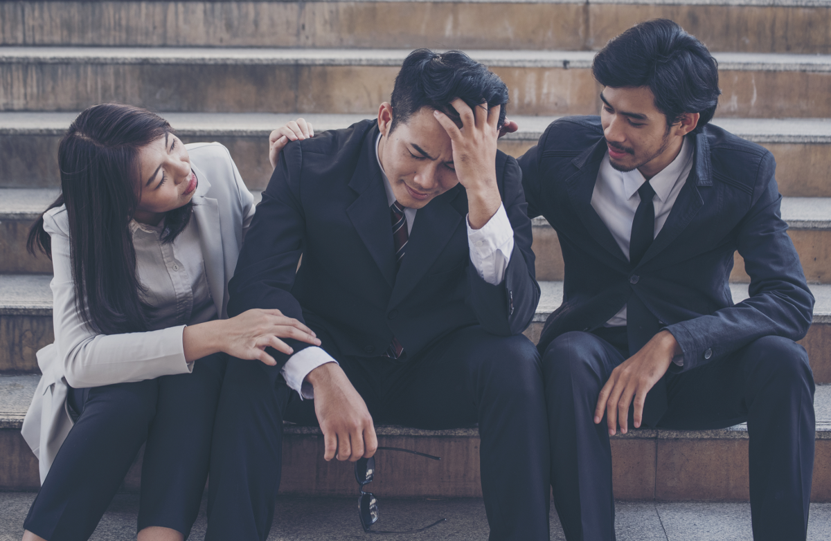4 Strategies to Help You Cope With Grief at Work