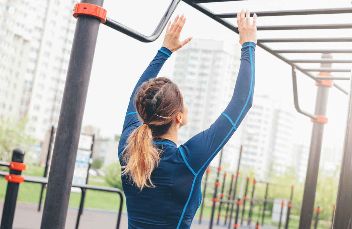The Only 5 Moves You Need to Achieve Your First Pull-Up